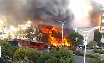 杭州一餐馆煤气爆炸现场