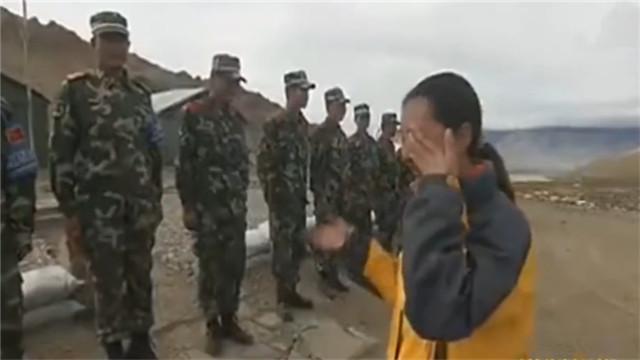 记者泪访中印边境解放军战士