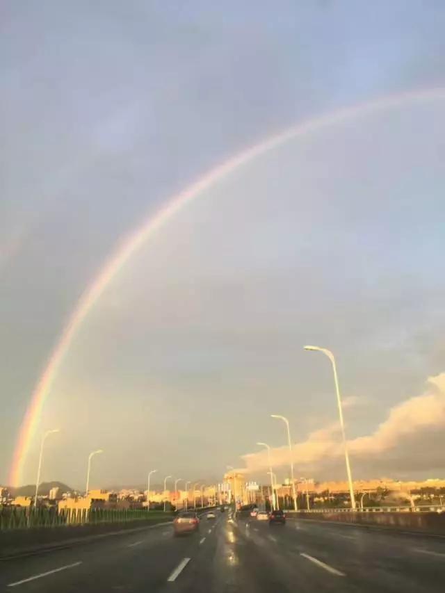 i love青岛| 瞠目结舌 暴雨过后最美彩虹空降青岛