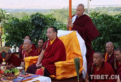 班禅朝拜宗喀巴诞生地塔尔寺 考察青海省藏语系佛学院