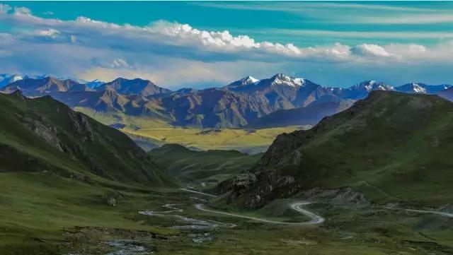 祁连山生态遭破坏已有半个世纪 上百人被问责