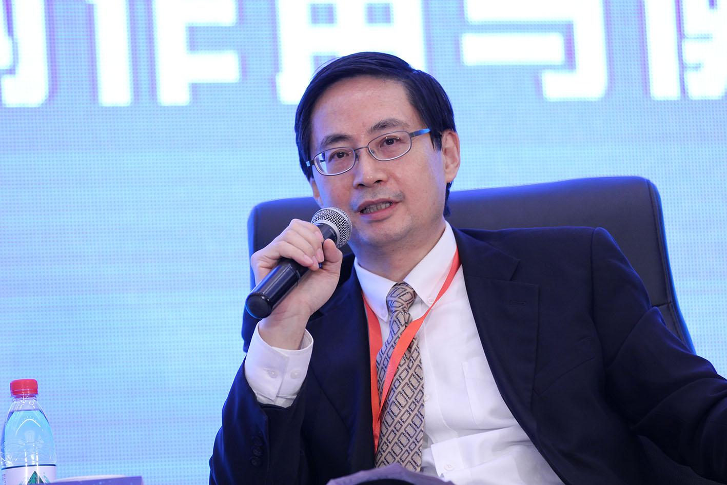 亚投行--马骏:发改委正在起草对外投资环境风险管理倡议文件