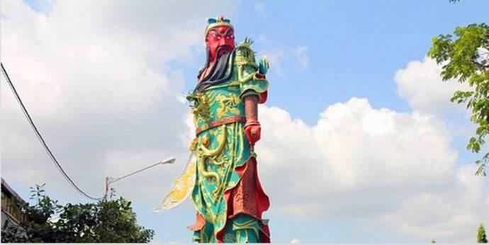 印尼民众要拆关公像 印总统府:破坏者受法律制裁