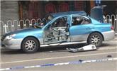 出租车天然气瓶泄露 司机抽烟时引发爆炸
