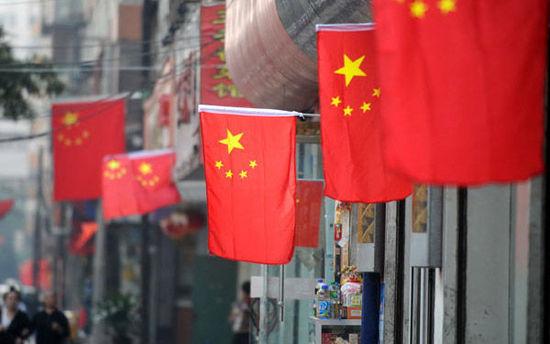 """年内三次上调增长预期 海内外""""刮目相看""""中国经济表现"""