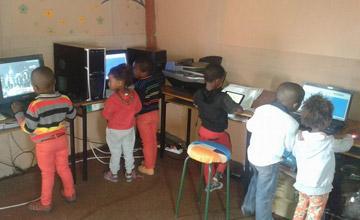 非洲最奢侈的娱乐项目:每小时2美元左右