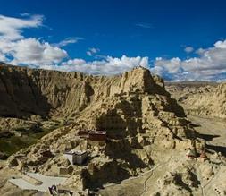 西藏阿里:走进古格王国遗址