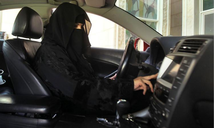 全球头条:沙特政府批准女性开车 韩国国债遭国际抛售