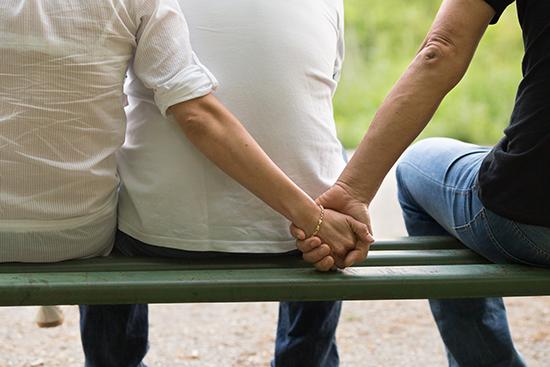 老公跪求离婚竟是为了她
