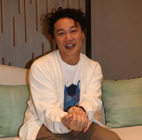 陈奕迅唱酬翻涨416倍 自曝难忘第一场演出的地点