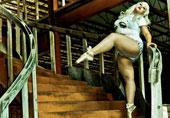美大码女子跳芭蕾展别样自信