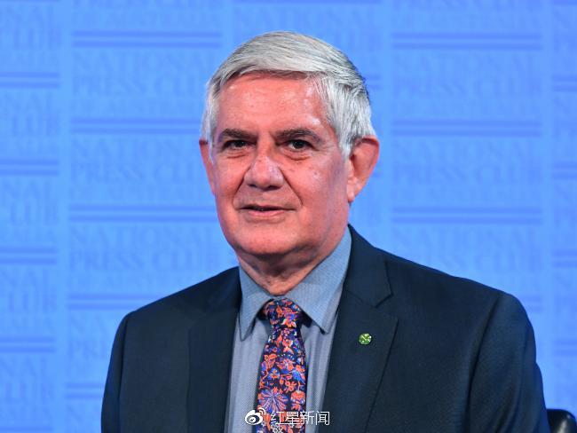 """延迟退休--约一半人将活过100岁 澳部长提议推行""""间隔年""""制度"""