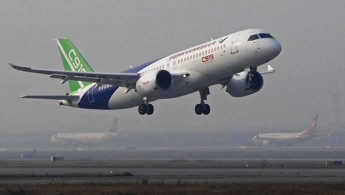 """C919计划明天告别上海 开启""""第一次运行"""" (图)"""