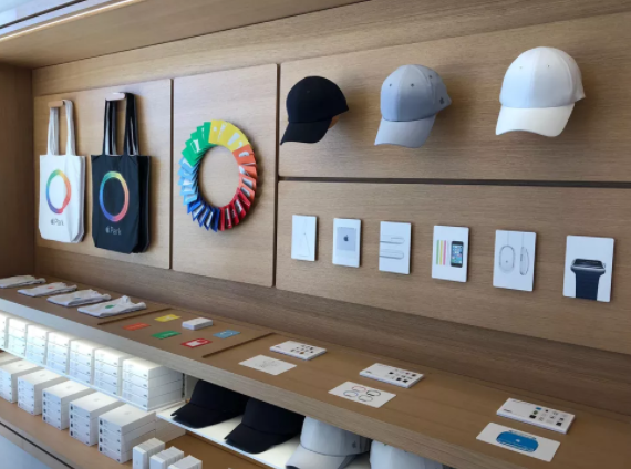 苹果新总部游客中心对公众开放:与员工喝一样的咖啡