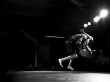 角斗士 UFC首个KO胜的中国人李景亮