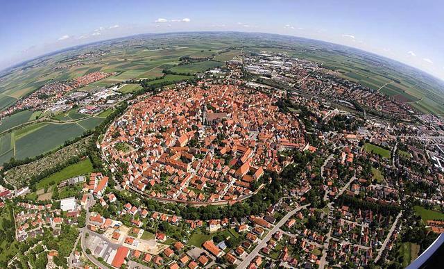 小镇竟镶满72000吨钻石,居民千年来却一无所知