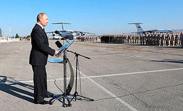 普京突然访问战场基地