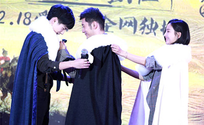 《琅琊榜2》黄晓明刘昊然互动甜 佟丽娅亮相身形消瘦