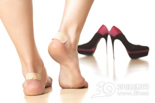 高跟鞋竟会带来这些疾病