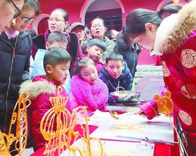 安徽:节日市场购销两旺 消费品市场供应充足