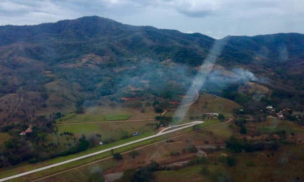 六合彩开奖记录哥斯达黎加一飞机坠毁 10名美国游客2飞行员丧生