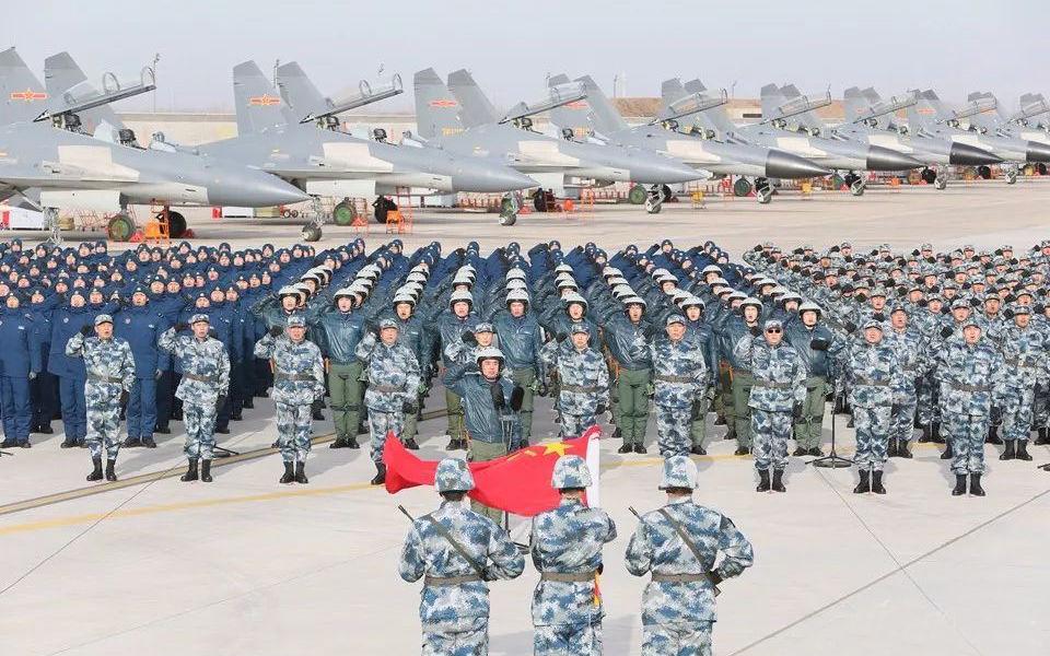 凤凰军机处第146期 多装歼-16少装歼-11,才是攻防兼备
