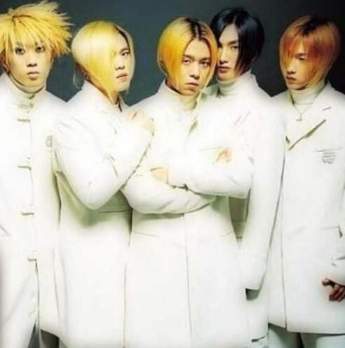 安七炫宣布H.O.T时隔17年再合体,粉丝集体泪奔