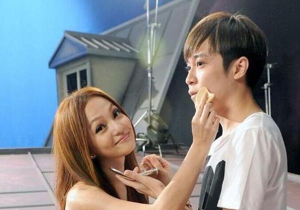 有种友情叫吴青峰和张韶涵:感谢十年互相陪伴