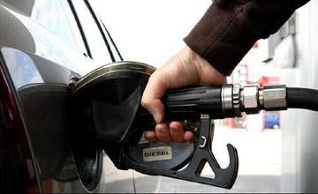 原来油箱还有这些秘密 车主加油时要留意了