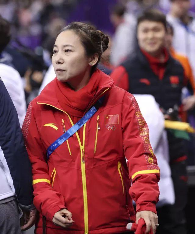 决赛判罚不一致中国将申诉!韩国队绊倒对手却夺冠