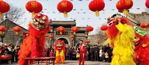 春节到巩义逛庙会 感受浓浓年味儿