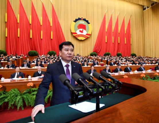 苏宁张近东两会建议:完善体育赛事版权制度,提倡数据共享