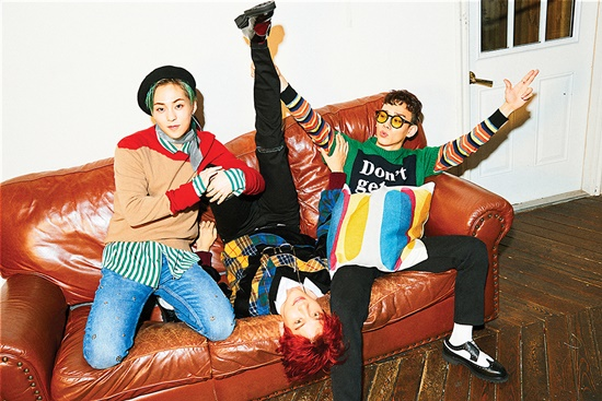 Y阅:EXO-CBX计划4月回归 新专辑正在准备中