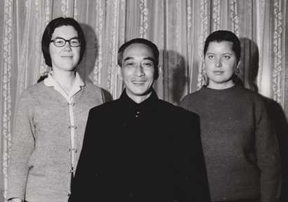 本文作者(右一)与南环瑾先生(图片来源:南怀瑾学术研究会)
