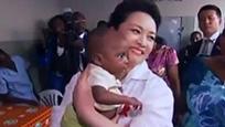 """央视视频:130秒读懂彭丽媛的""""柔性外交"""""""
