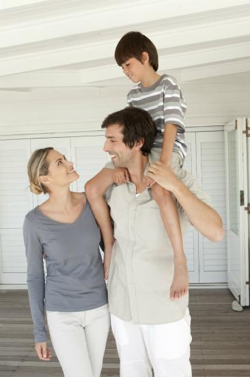 妻子竟和前任领养过小孩