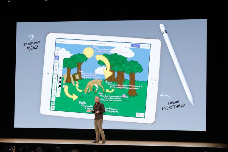苹果、三星专利赔偿案下月复审 库克不会出庭作证