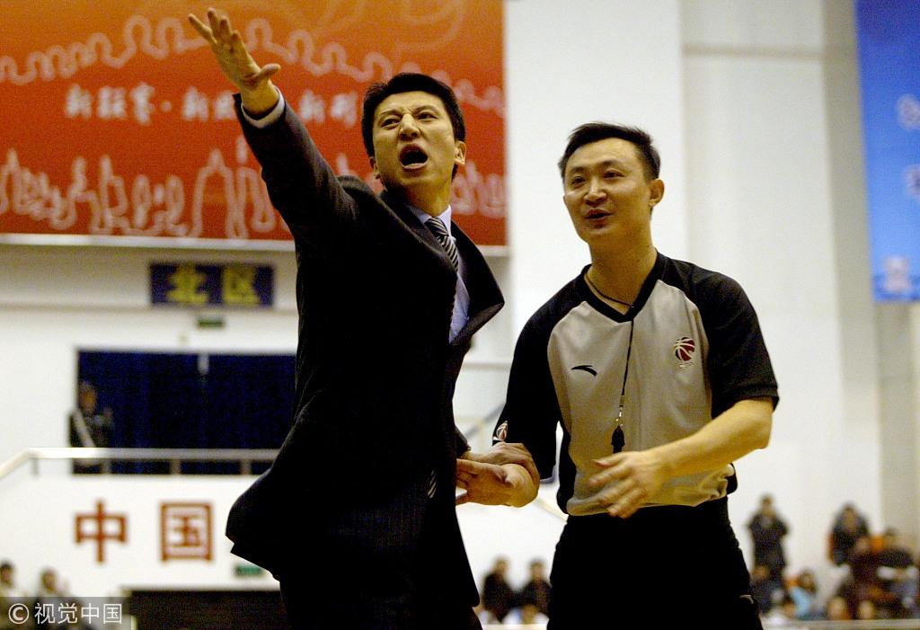 郭士强11年执教生涯K线图 曾被女球迷一口粘痰啐脸上