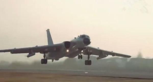 空军发布轰-6K巡航宝岛宣传片:台北101大楼出镜