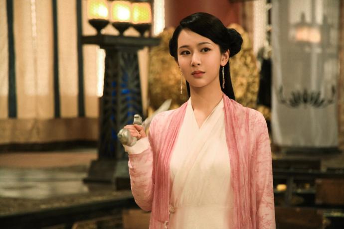 刘嘉玲赵雅芝来客串 杨紫:看她们在旁边我都吓傻了