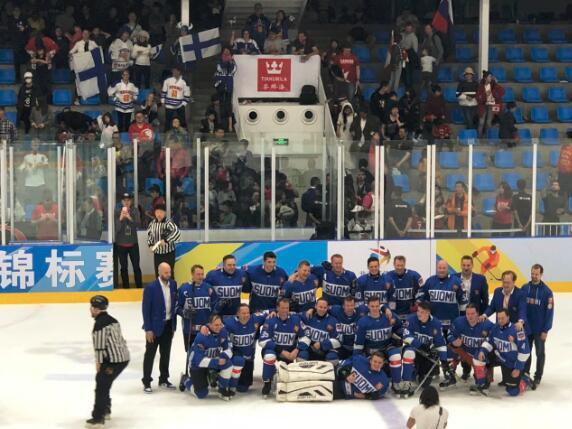 芬兰芬琳漆亮相北京冰球之夜 开启体育跨界传播