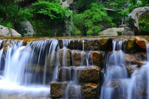山美水美、人杰地灵的神灵寨 给你全身心的清凉和畅快