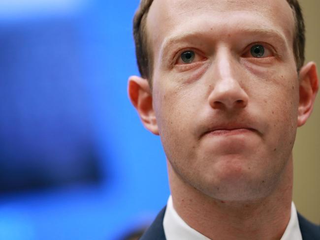 直击 | 扎克伯格:将会封杀更多Facebook应用