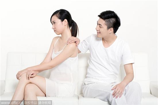 我拒绝了丈夫的无理要求,他竟向我提出离婚