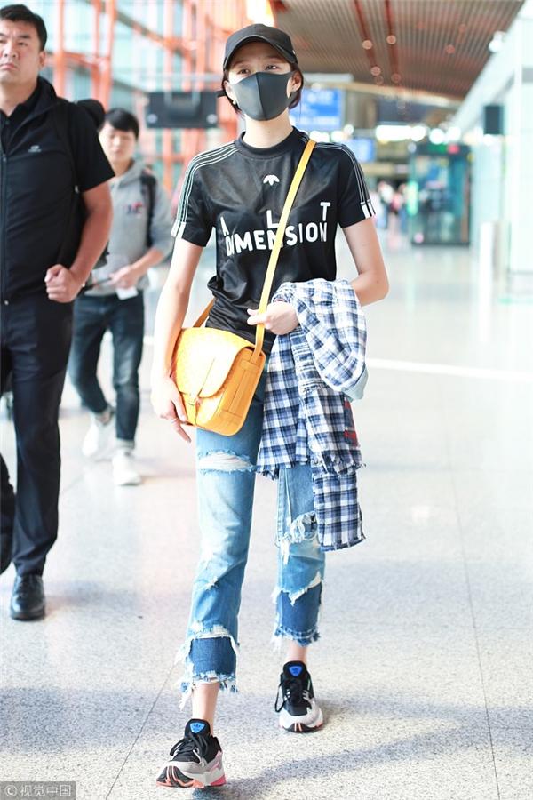 这条178元的牛仔裤 Angelababy穿了小半年!