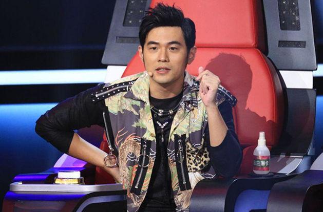 《新歌声》海选评委称导师周杰伦的歌曲没营养