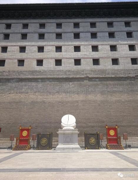 西安城墙日晷被发现装反,为何一年仍未调整?