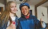 男子从长沙骑去莫斯科看世界杯 现在还差4千公里