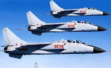 中国6架战机驱离美航母编队