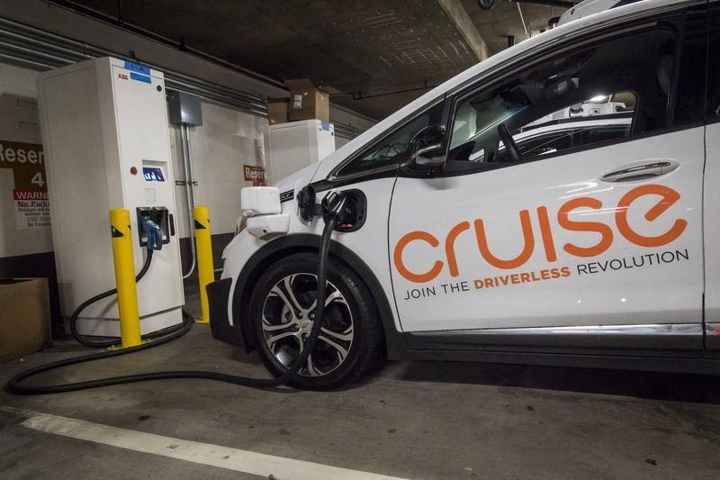 开发打车平台、建充电站 通用明年推自动驾驶打车服务